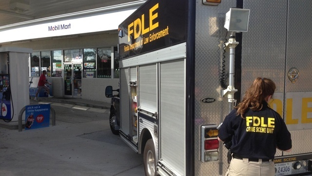 FDLE van arrives at Palm Coast Mobil