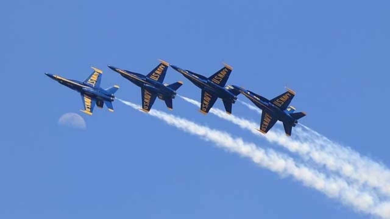 blue angels fly over at disney world