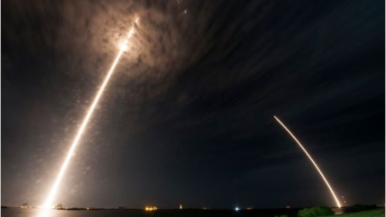 Sonic booms prompt 911 calls after SpaceX rocket launch, landing