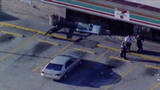 1 hurt after vehicle crashes into Orlando 7-Eleven