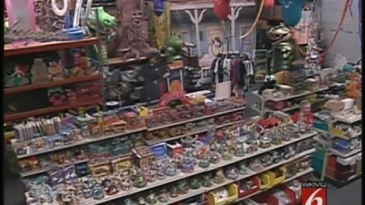 World S Largest Disney Pawn Shop Opens In Winter Garden