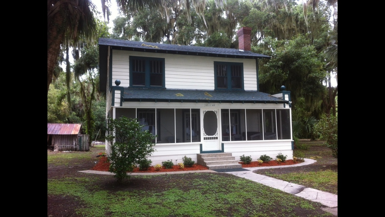 Historic Ma Barker Home Moves Across Lake Weir