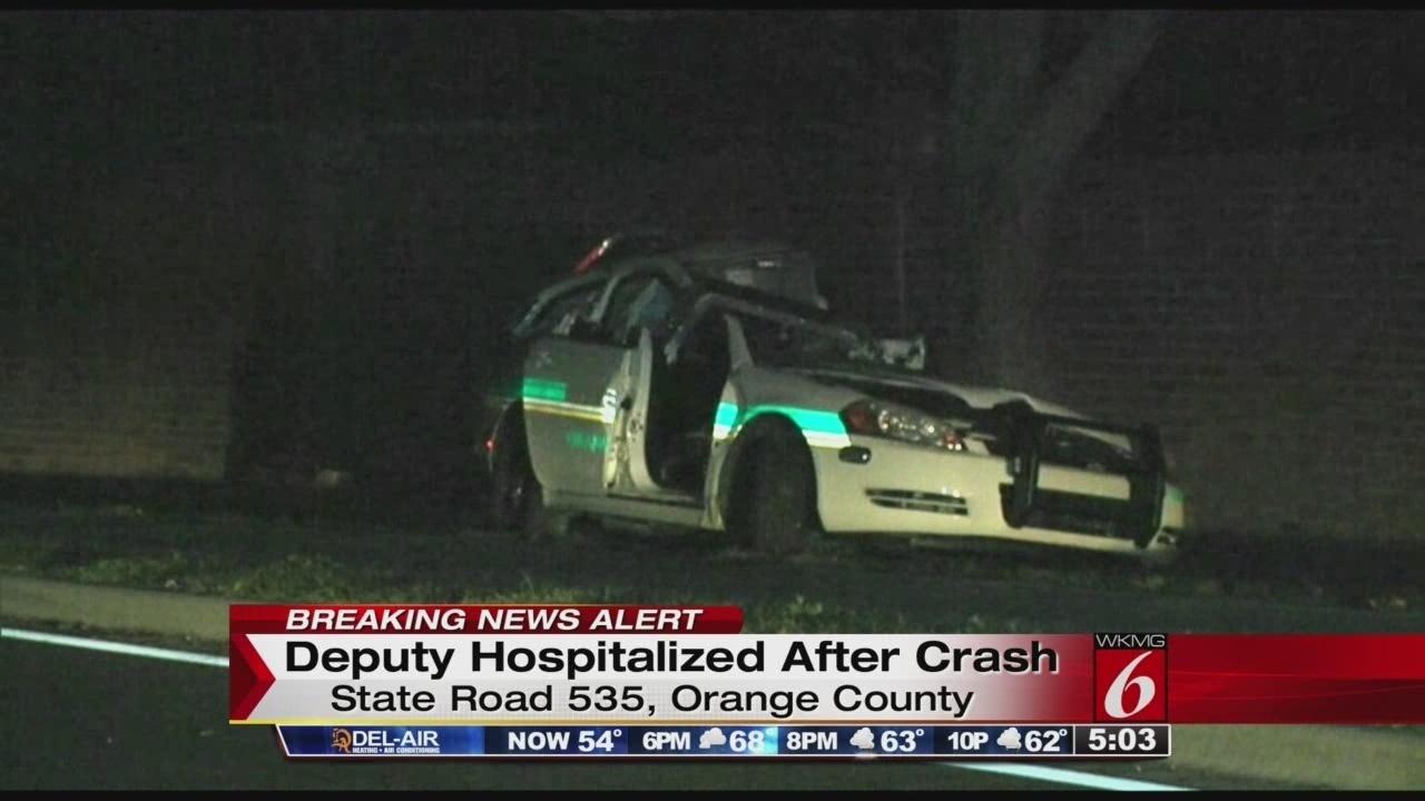 Orange County sheriff's deputy crashes into tree