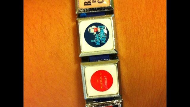 bracelet close up 3