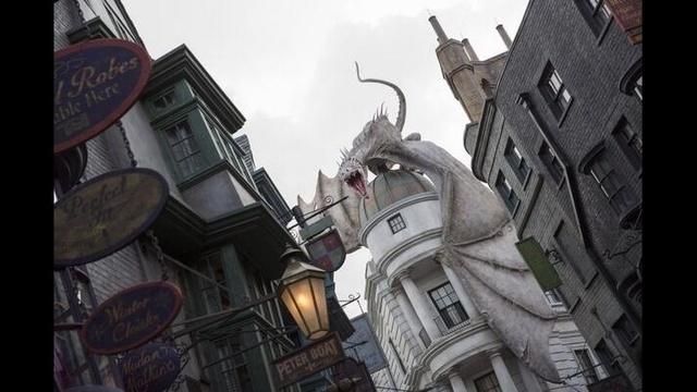 gringotts-dragon-jpg.jpg_26555072