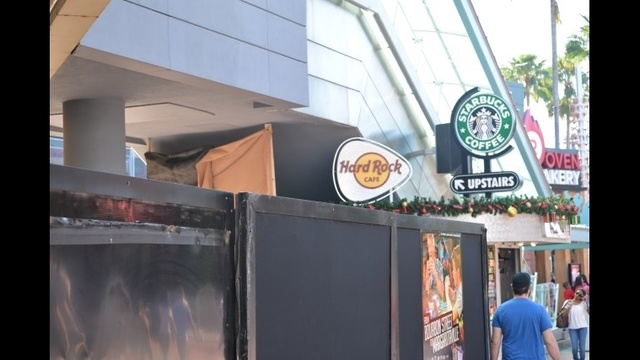 Starbucks_23965572