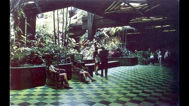 lobby1973-jpg.jpg_25310262
