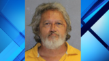 Man arrested in stabbing outside Daytona Beach food mart
