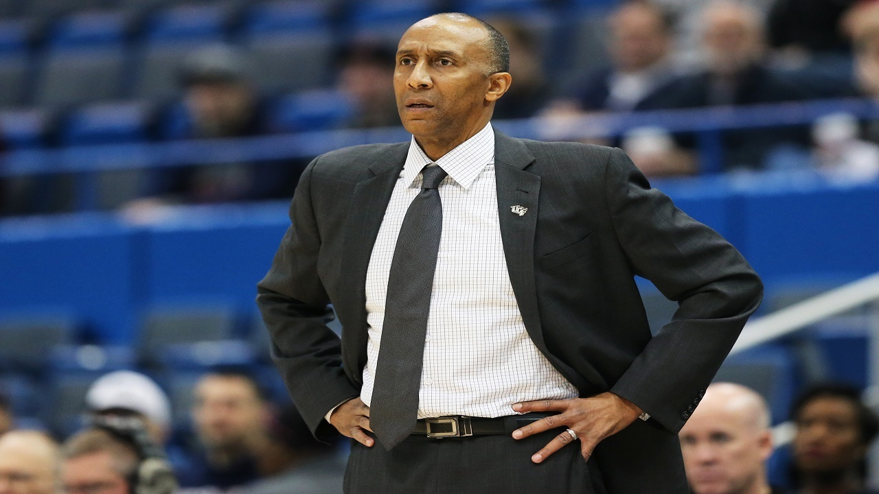 GettyImages-652190196_1496930009795_9918674_ver1.0_1280_720 Johnny Dawkins hires Kelvin Johnson, completes 2017-18 coaching staff