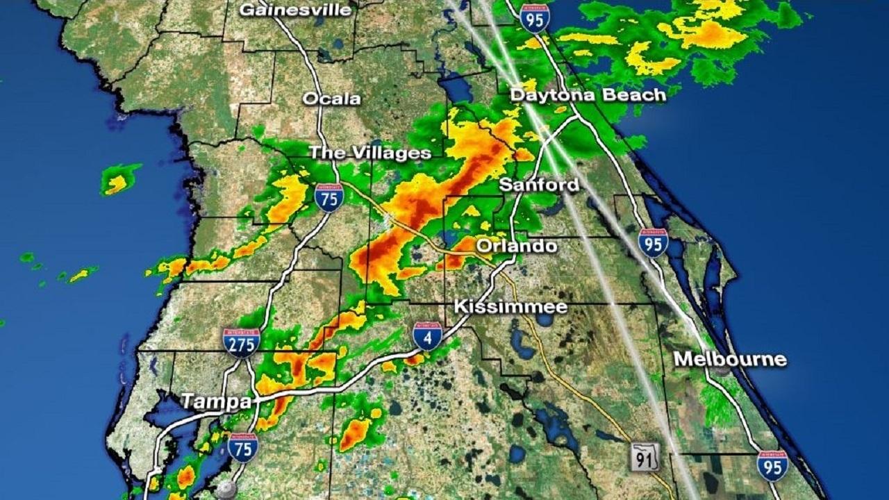 Waves Of Rain Move Through Central Florida