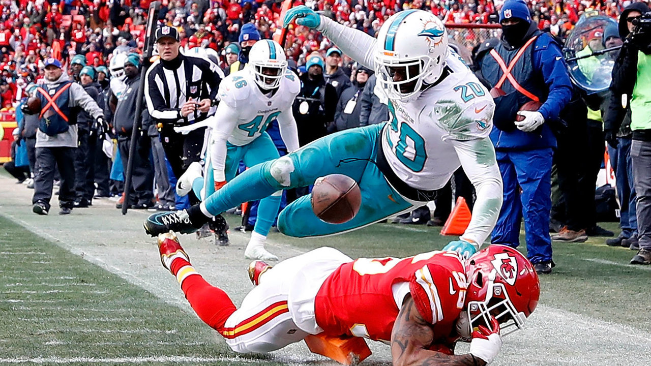 Dolphins%20v%20Chiefs%20122417_1514150880465_11335078_ver1.0_1280_720 Chiefs beat Miami 29-13 to win back-to-back AFC West titles