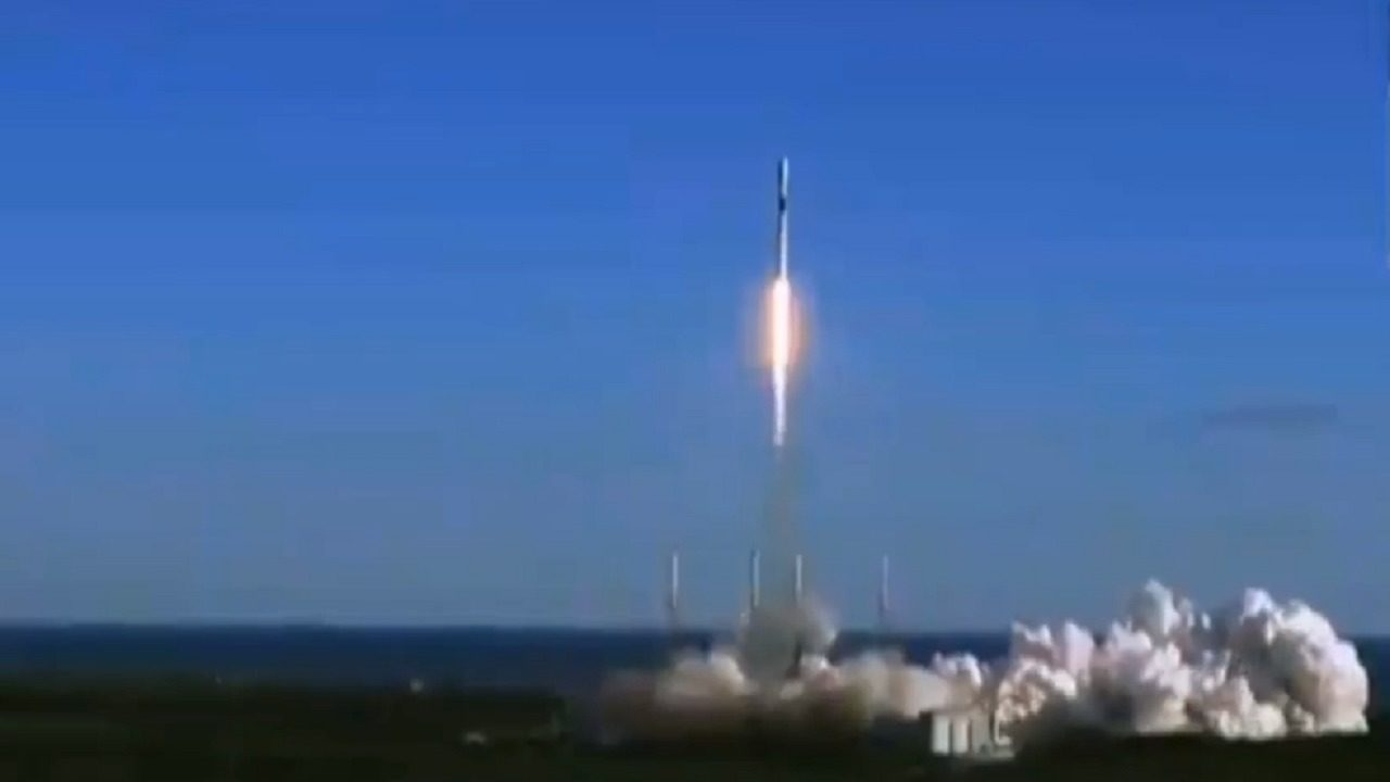 Last SpaceX launch of the year sends Air Force GPS ...