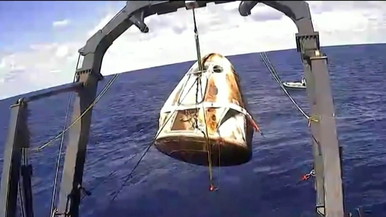 SpaceX Crew Dragon completes first spaceflight with splash...
