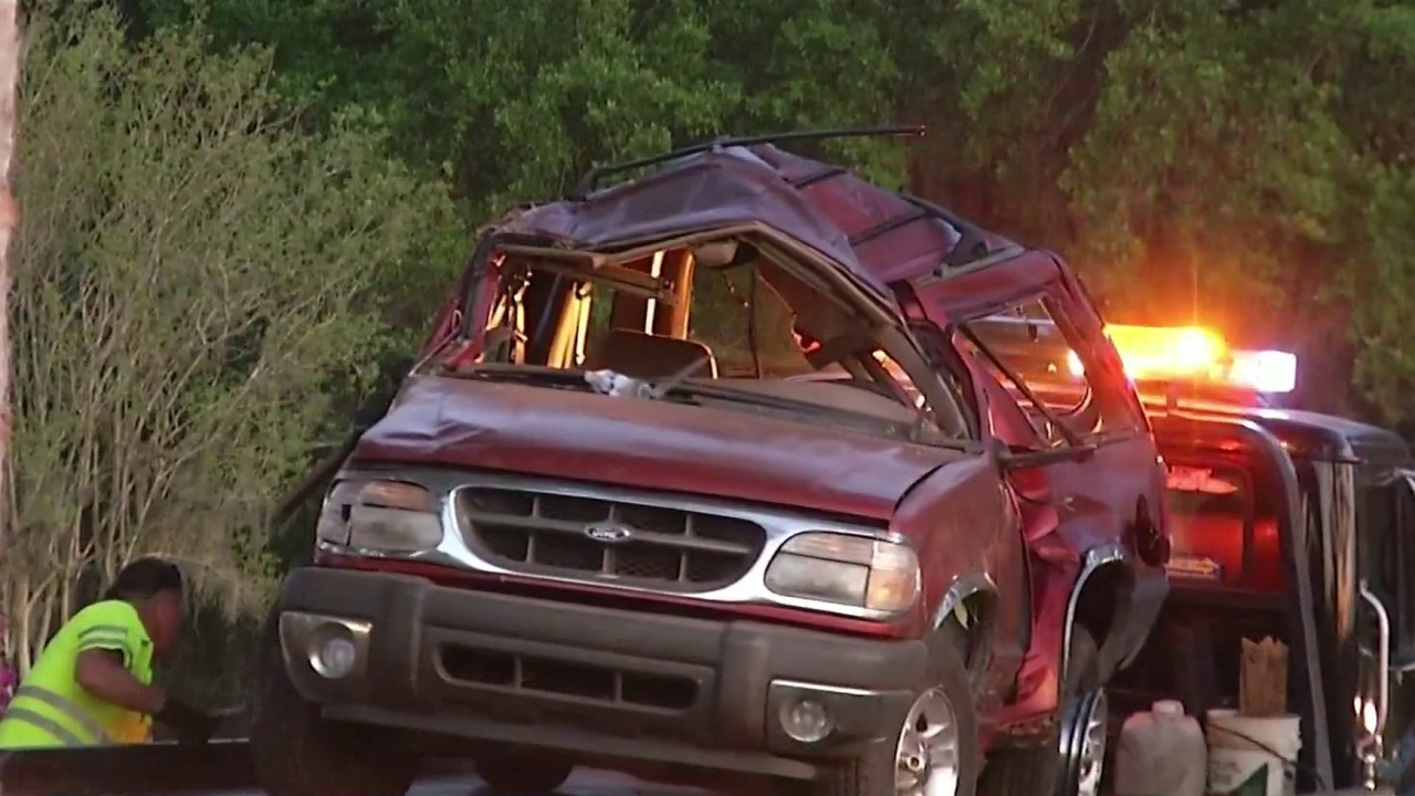 21-year-old DeLand man killed in rollover crash