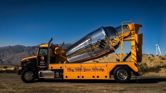 Giant cocktail-mixing truck serves up whiskey drinks around Orlando