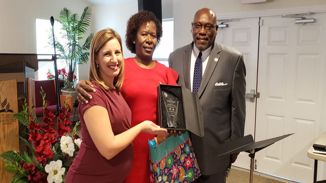 Orlando church presents News 6 with community service award