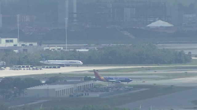 Southwest plane makes emergency landing at Orlando airport