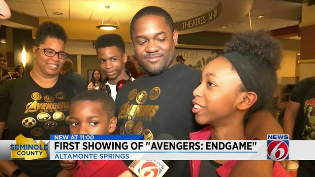 Marvel fans ecstatic after seeing early showing of Avengers