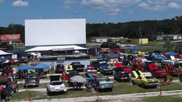 Drive-in movie theaters still exist in Florida. Here's where