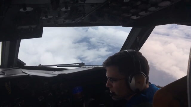 How hurricane hunters play crucial role in forecasting storms