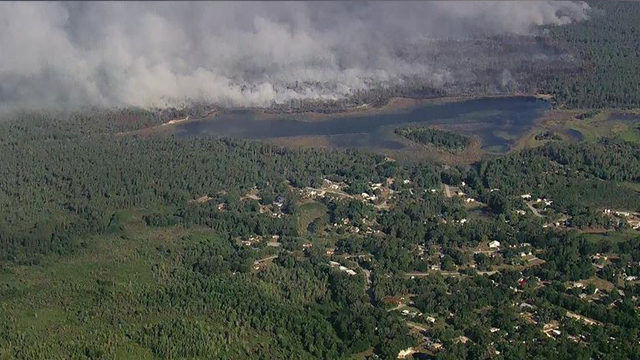 500-acre brush fire forces evacuation of 50 homes in Marion
