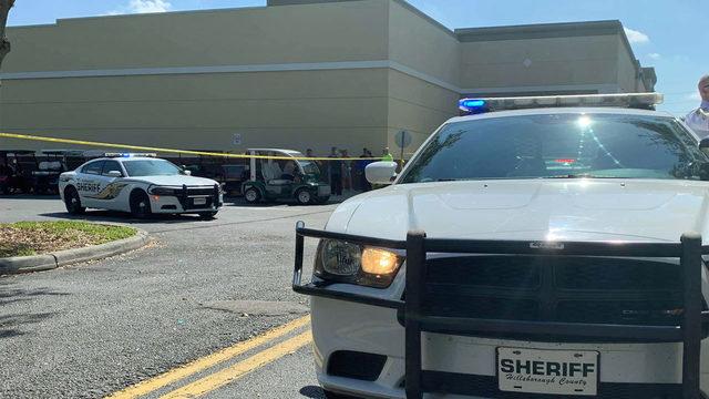 Carjacking suspect fatally shot at Florida Publix parking lot, deputies say