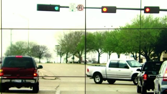 Ask Trooper Steve: Making left turn when light changes