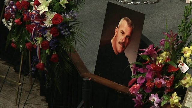 Funeral held for fallen deputy