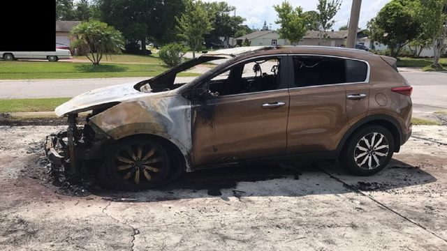 Kia Sportage catches fire in Kissimmee couple's driveway