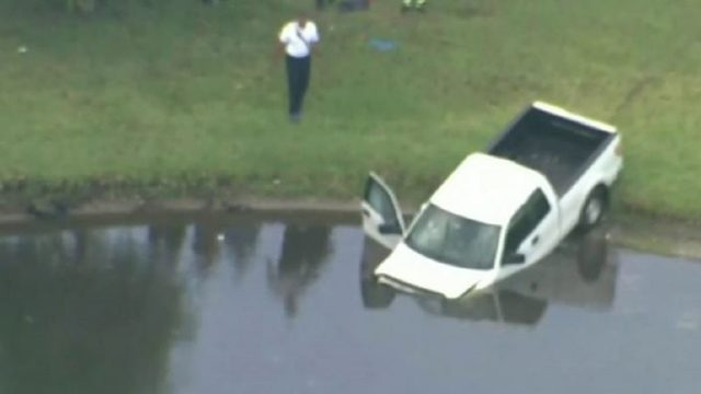 Good Samaritans pull driver from submerging pickup in Orange County