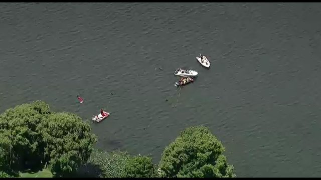 Plane, 2 bodies found in Lake Maitland after crash