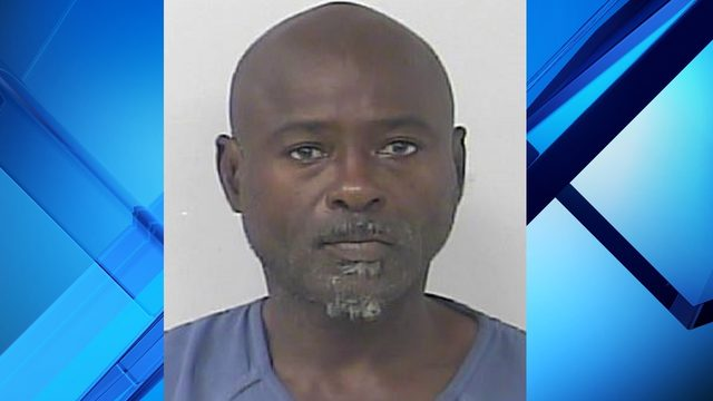Florida man wearing 'Coke' shirt accused of selling crack cocaine