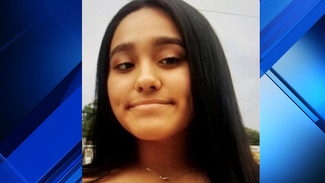 Parents searching for 15-year-old daughter last seen in Sanford