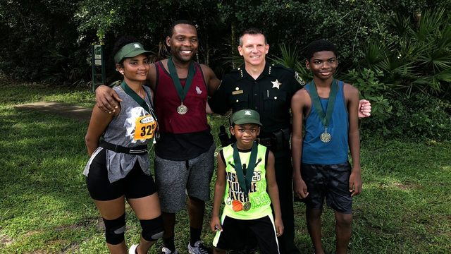 Behind the badge: Central Florida officers kick back with locals