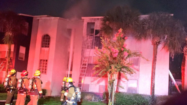 Lightning strike sparks large fire at Orange County apartment complex