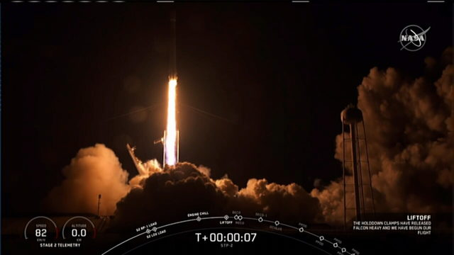 WATCH: SpaceX Falcon Heavy rocket blasts off from Kennedy Space Center