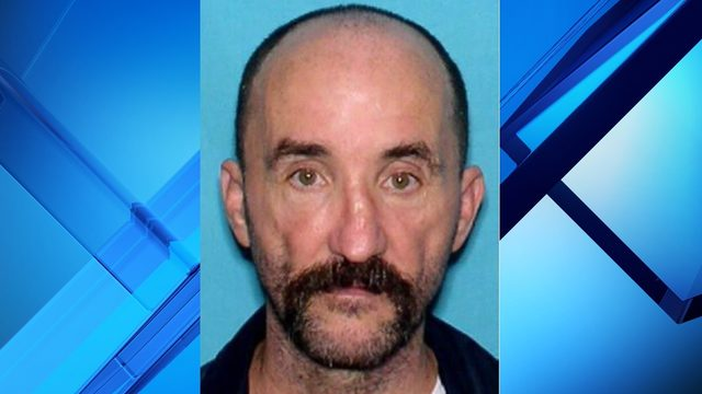 Mount Dora police search for missing man