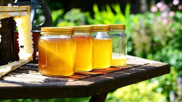 This honey aims to save millions of bees -- and it's infused with CBD