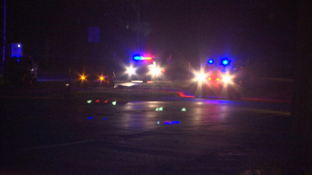 Police trying to ID pedestrian killed at Orlando intersection