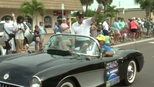 Astronauts ride in style for big parade