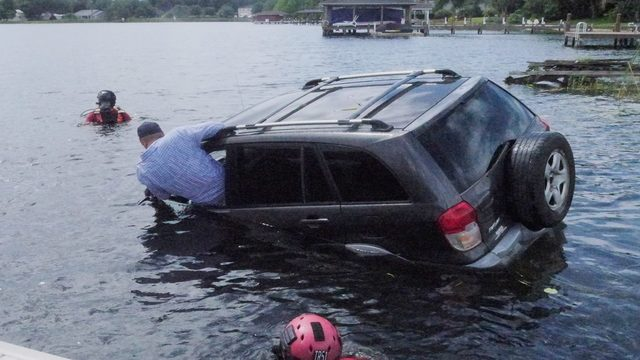 These tips could help save your life if you're stuck in a submerged vehicle