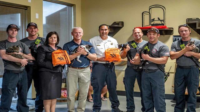 Cat Café donates pet oxygen mask to Lake County Fire Rescue