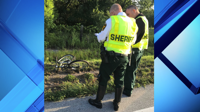 Two vehicles fatally strike bicyclist in Lake Wales, deputies say
