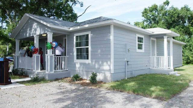 80-year-old Kissimmee woman gets brand new home thanks to grant money