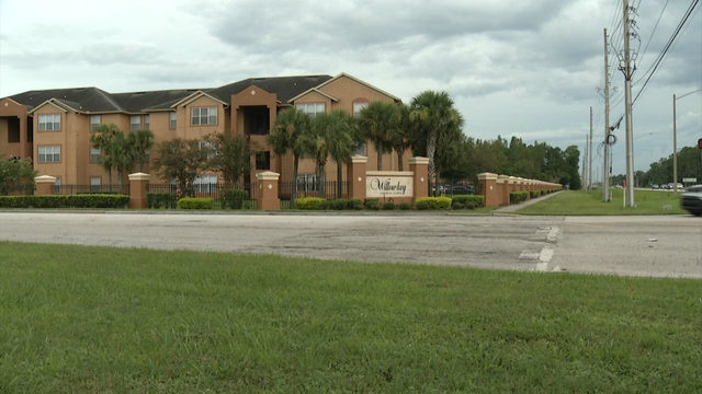Newborn found left on doorstep at apartment complex, Orlando police say