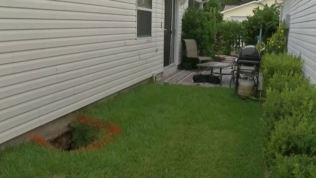 10-foot hole appears under home in The Villages