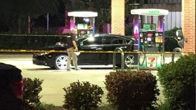 Shooter sought after opening fire on group at 7-Eleven in Orange County