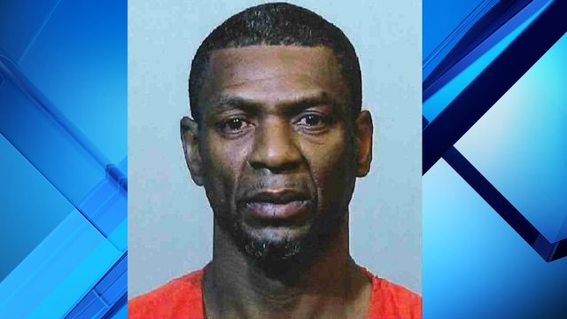 Oviedo man accused of shooting his girlfriend turns himself in