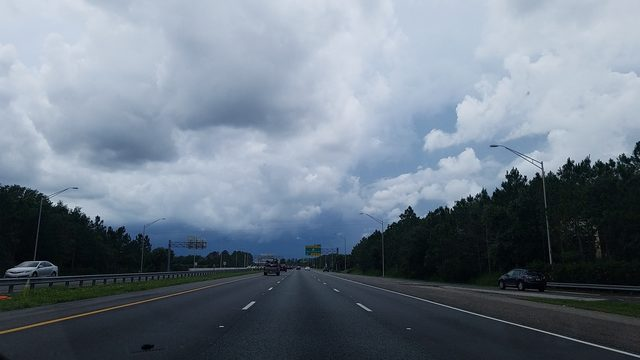 Afternoon thunderstorms roll through Central Florida