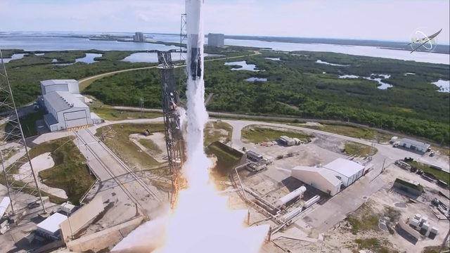 SpaceX docks to ISS carrying Nickelodeon slime, Adidas soccer ball and…